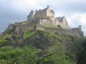 Edinburgh_Castle_Scotland_[1]